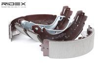RIDEX Bremsbacken 70B0135 Trommelbremsbacken,Bremsbackensatz OPEL,RENAULT,FIAT,ARENA Kasten TB, TF,TRAFIC Kasten TXX,TRAFIC Bus TXW
