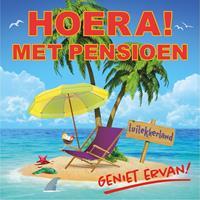 Shoppartners Hoera met pensioen sticker 10,5 cm Multi