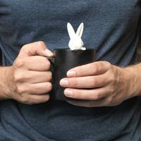 Konijn beker en tea infuser