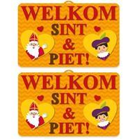 2x Sinterklaas 3D wanddecoratie 58 x cm Multi