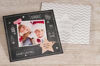 tadaaz Vierkante kerstkaart met foto op krijtbord