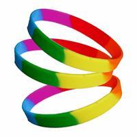 Merkloos 60x stuks siliconen armband regenboog kleuren -