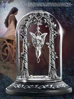 Noble Collection Lord of the Rings Display for the Evenstar Pendant