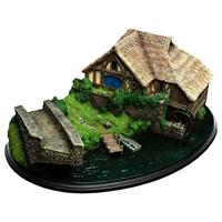 Weta The Hobbit: An Unexpected Journey Hobbiton Mill & Bridge Environment 31 x 17 cm