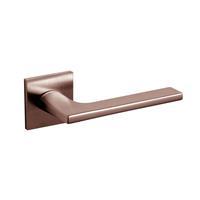 Intersteel Olivari deurkruk Lotus Q op rozet brons mat titaan PVD