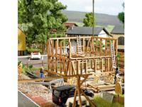Busch 1371 H0 Vakwerkhuis in aanbouw