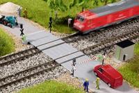 auhagen 44649 N AU spoorwegovergang - halve sluis