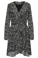 Only jurk met fijne bloemenprint en overslag-effect   ONLSTAR