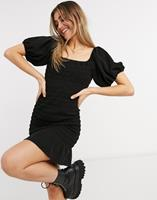 New Look - Gesmokte mini-bardotjurk met peplum in zwart