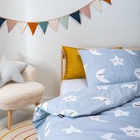 fresh&cokids Fresh&Co Kids Moon & Stars - Blauw 100 x 135 Dekbedovertrek