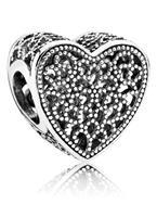 Pandora Bedel Vervuld met Liefde