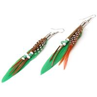 lookinggoodtoday Fashion oorbellen Feather Bead Green