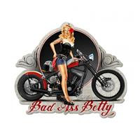 Fiftiesstore Bad Ass Betty Pin-Up Zwaar Metalen Bord 49 x 60 cm