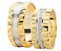 Christian Geribbelde trouwringen rondom diamanten geel goud