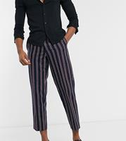 twistedtailor Twisted Tailor - Tall - Broek met rode strepen in marineblauw