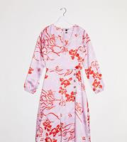 influencetall Influence Tall - Midi-jurk met knopen vooraan en bloemenprint in roze