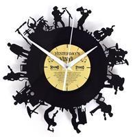 fiftiesstore Vinyl Klok Bandleden - Gemaakt Van Een Gerecyclede Plaat