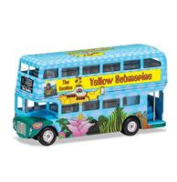 fiftiesstore The Beatles - Yellow Submarine London Bus Schaalmodel 1:64