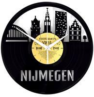 Fiftiesstore Vinyl Klok Skyline Nijmegen - Gemaakt Van Een Gerecyclede Plaat