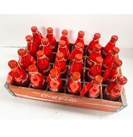 Fiftiesstore 24 Metalen Jubileum Coca-Cola Flesjes In Originele Krat