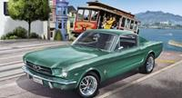 Revell 1/24 Ford Mustang 2+2 Fastback 1965