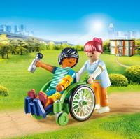 City Life - Patiënt in rolstoel