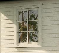 Extra raam tbv tuinhuis 213