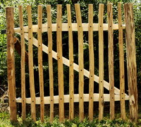 Poortje kastanjehouten hekwerk schapenhek incl. beslag