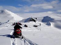 Sneeuwscootertocht op Myrdalsjökull gletsjer