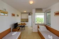 Apartman A32 - Kroatië - Noord Dalmatië - Sukošan- 4 persoons