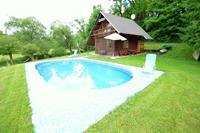 Rustig vakantiehuis in Bechyne met zwembad en tennisbaan