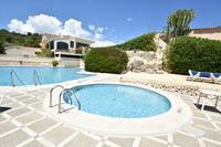 Geschakelde villa met prachtig weids uitzicht en een gemeenschappelijk zwembad