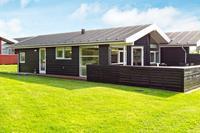 Modern vakantiehuis in Tranekær met uitzicht op het gazon