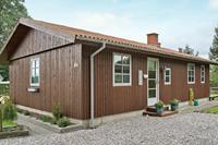 Retro vakantiehuis in Grenaa in de buurt van de Noordzee