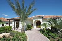 Moderne villa vlak bij Mambo Beach met airconditioning