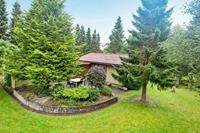 Vredig vakantiehuis in Fårvang met tuin
