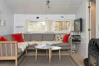 Goed onderhouden vakantiewoning in Albaek met terras