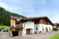 Verzorgd appartement in Salzburgerland met speeltoestellen