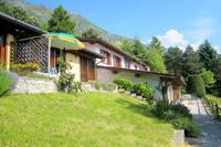 Appartement en bordure de lac, à Anfo, avec terrasse privée