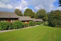 Knusse bungalow met oven, gelegen in een groene omgeving