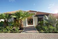 Moderne villa nabij het strand van Mambo met zwembad