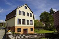 Charmant vakantiehuis in Pernink met een tuin