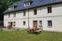 Prachtig authentiek Pools landhuis in een rustige regio