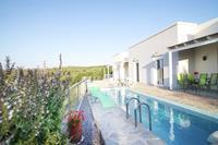Vredig vakantiehuis in Agia Triada met zwembad