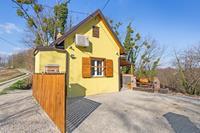 Rustiek vakantiehuis in Donja Stubica met terras