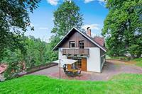 Comfortabel huis met ruime tuin en terras, uitzicht op het Reuzengebergte