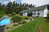 Ruim vakantiehuis in de Bohemen met verwarmbaar zwembad