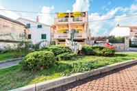 Net appartement in Posedarje nabij zee