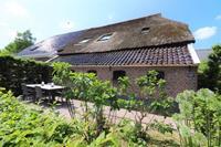 Grote woonboerderij in Dalerveen met een leuk terras