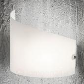 Fabas Luce Wandlamp Moa met gebogen glazen kap